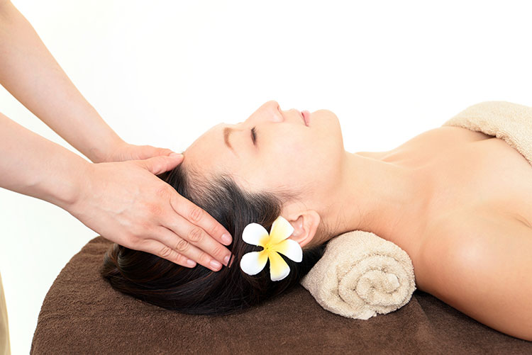 How To Incorporate Chaga Oils Into Massage Therapy